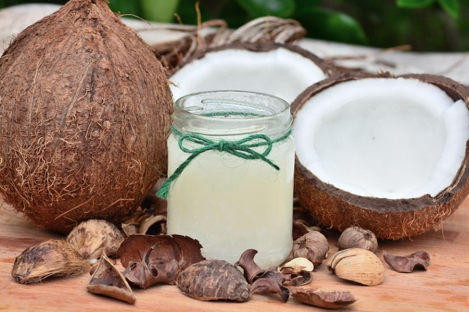 coconut oil's many benefits